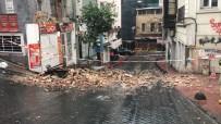 TOPHANE - ⁃Beyoğlu'nda 2 Katlı Metruk Binada Çökme