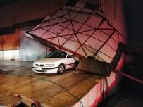 Bir Hafta Önce Aldığı Aracın Üzerine Çatı Düştü