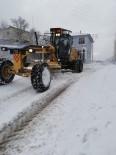 SARıLAR - Burhaniye'de Belediye Karla Mücadele Çalışması Başlattı