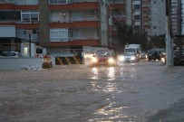 AŞIRI YAĞIŞ - Mersin'de Aşırı Yağış 2 Can Aldı
