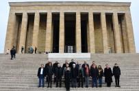 MEDENİYETLER - Büyükçekmeceli Muhtarlardan Anıtkabir Ziyareti