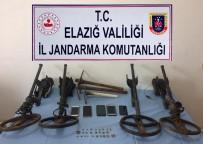 KAÇAK KAZI - Elazığ'da Define Arayan 5 Şüpheli Yakalandı
