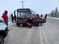 ACIL SERVIS - Eskişehir'de trafik kazası: 2 ölü