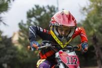 MOTOKROS ŞAMPİYONASI - Eyüpsultan'ın Genç Şampiyonu Efe Okur, Avrupa Yolunda