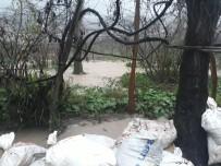 Giresun'da Sağanak Yağış Su Baskınlarına Neden Oldu