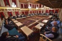 İrfan Meclisinde Osmanlı Politikaları Tartışıldı
