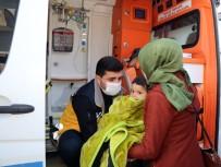 AMBULANS ŞOFÖRÜ - Van Büyükşehir Belediyesi 1 Yılda 2 Bin 955 Hastaya Ulaştı