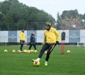 GURBETÇI - Yeni Malatyaspor'un Golcüsü Umut Bulut Forma Rekabetine Hazır