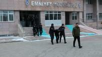 LİSE ÖĞRENCİSİ - Bahis Dolandırıcıları Yakalandı