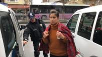 Esenyurt'ta Özbek Uyruklu Kadın, Sevgilisini Bıçakladı İddiası