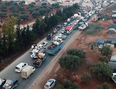 İdlib'den Türkiye'ye göç sürüyor