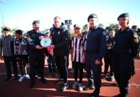 ABDULLAH AVCı - Jandarma, Öğrencileri Beşiktaş İle Buluşturdu