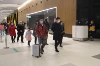 GUANGZHOU - Çin Seferlerini Durduran THY'nin Son Uçakları İstanbul'a Döndü