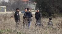 PAMUKKALE ÜNIVERSITESI - Denizli'de Boş Arazide Erkek Cesedi Bulundu