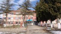 EĞİTİM ÖĞRETİM YILI - Risk Taşıyan Okul Boşaltılıyor