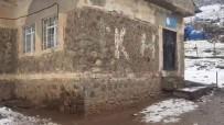 SINIF ÖĞRETMENİ - Siirt'te Öğrencilere Şiddet Uyguladığı Öne Sürülen Öğretmen İhraç Edildi