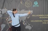 KUALA LUMPUR - Yunus Emre Enstitüsü Ve Okçular Vakfı Sayesinde 'Türk Okçuluğu Dünya Sahnesinde'
