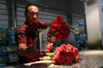 UMUTLU - Çiçekçiler Korsanlardan Dertli