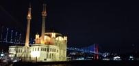 İstanbul'un Köprüleri Epilepsi Hastaları İçin Mor Renk İle Aydınlatıldı