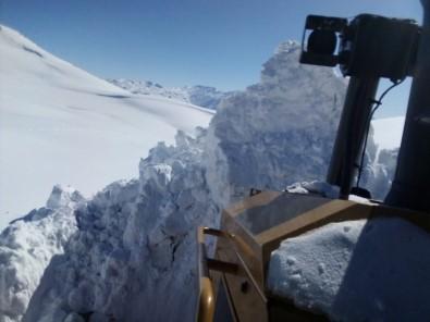 Kato'da kar kalınlığı 6 metreyi buldu