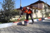 DEREKÖY - Menderes'te Mahallelere İnce Dokunuş