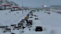 ÇIĞ DÜŞMESİ - İran'da Yoğun Kar Yağışı