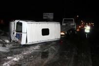 SERBEST BÖLGE - Kayseri'de İşçi Servisleri Çarpıştı Açıklaması 17 Yaralı