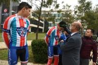 KONYAALTI BELEDİYESİ - Konyaaltı Belediyesi Bisiklet Takımı, Şampiyon Oldu