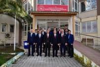 GENÇLİK VE SPOR BAKANLIĞI - Manisa'daki Spor Yatırımları Görüşüldü