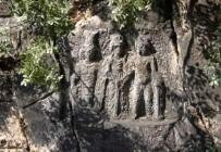 PAMUKKALE ÜNIVERSITESI - 2001 Yılında Çalınan Roma Dönemi Kabartmaları Halen Bulunamadı