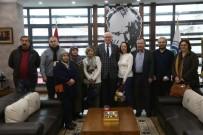 YEREL YÖNETİM - Çankaya Mahalle Meclisi Üyelerinden Başkan Kazım Kurt'a Ziyaret
