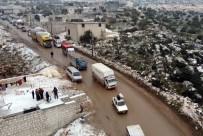 FIRAT KALKANI - İdlib'den Türkiye Sınırına Doğru Göç Devam Ediyorlar