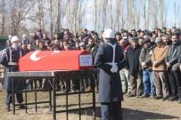 UZMAN ÇAVUŞ - Kazada Hayatını Kaybeden Uzman Çavuş Çankırı'da Toprağa Verildi