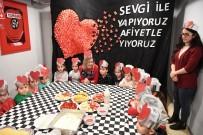 KONYAALTI BELEDİYESİ - Konyaaltı Belediyesi Kreşlerinde 'Sevgi Pastası'