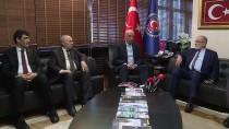 SAADET PARTİSİ - Saadet Partisi Genel Başkanı Karamollaoğlu, Türk-İş'i Ziyaret Etti Açıklaması