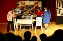 'Tiyatro Cepte' Ekibi İle Neşeli Anlar
