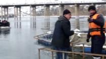 Fırat Nehri'nde Batan Teknedeki Kişinin Cesedine Ulaşıldı