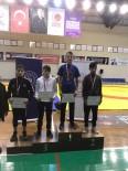 MİMAR SİNAN - İzmit Belediyesporlu Genç Güreşçi, Kocaeli'yi Temsil Edecek