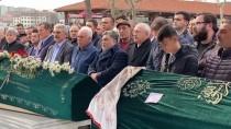 Kapatılan Refah Partisi'nin Fatih İlçe Başkanı Halim Abi'nin Cenazesi Toprağa Verildi