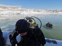 ÇOCUK GELİŞİMİ - Kayıp Gülistan'ı Buz Tutan Baraj Gölünde Aradılar