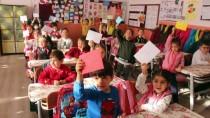 Öğrencilerden Sınırda Görevli Mehmetçiğe Moral Mektubu