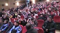 Bakan Soylu Depremzede Çocuklarla Rafadan Tayfa Müzikal Gösterisini İzledi