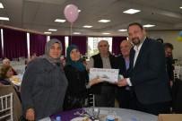 SEVGILILER GÜNÜ - Çiğli'de Yaşayan Çiftlere 'Bir Yastıkta 40 Yıl' Jesti