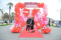FESTIVAL - Kuşadası'nda 14 Şubat Sevgililer Günü Coşkuyla Kutlandı.