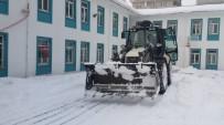 BUZ SARKITLARI - Van Büyükşehir Belediyesi Okulları Eğitime Hazırlıyor