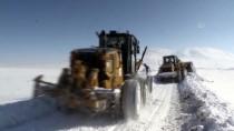 KIŞ MEVSİMİ - Ağrı'da 30 Bin Kilometre Karlı Yol Ulaşıma Açıldı