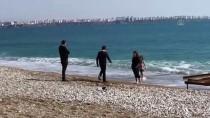 Antalya Ve Muğla Sahillerinde 'Güneşli Hava' Yoğunluğu