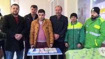 Bursa'da Temizlik İşçisinin Çöp Diye Aldığı Poşetten 119 Bin Lira Çıktı