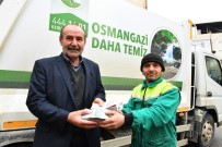 Çöp Toplarken Bulduğu 125 Bin TL'yi Sahibine Teslim Etti