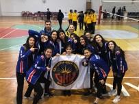 İPEKYOLU - Gaziantep Kolej Vakfı Kız Voleybol Takımı Türkiye Yarı Finalinde